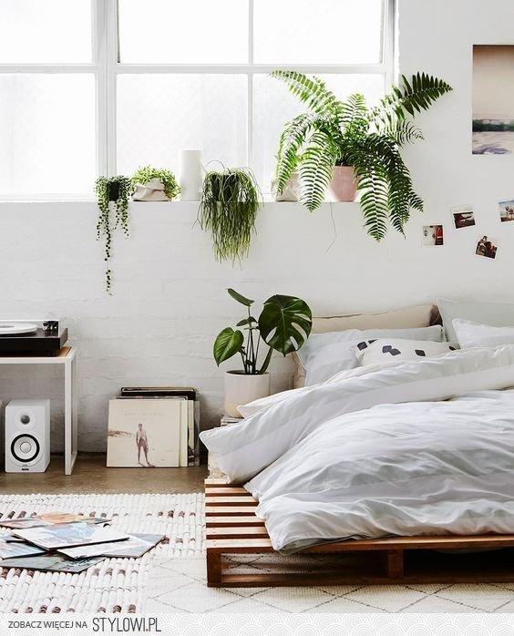 Minimalist bedroom makeover